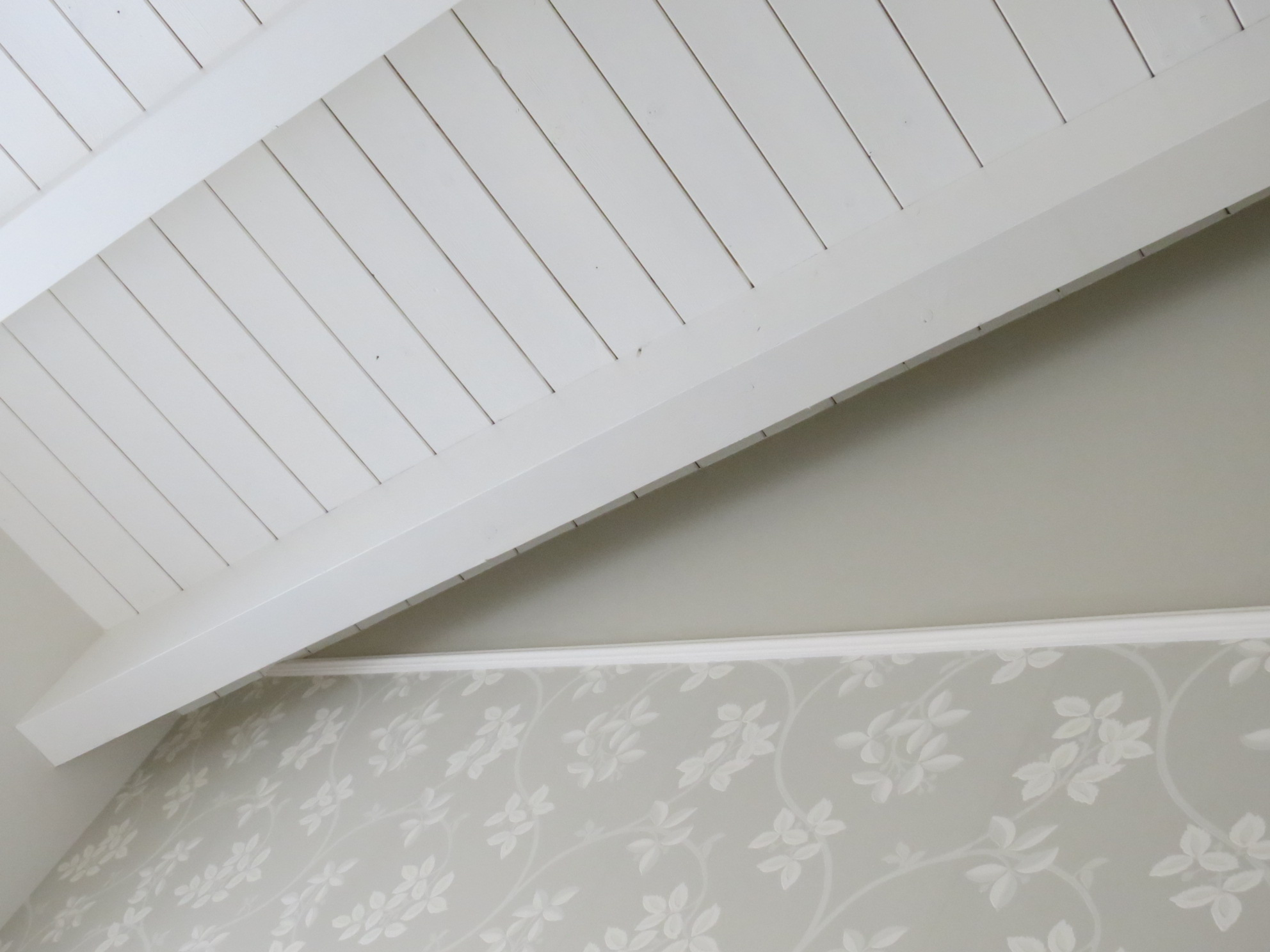 Soffitti In Legno Moderni : Soffitti rustici in legno di cui vi innamorerete